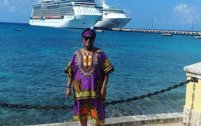 Pose in front of Cruise Ships